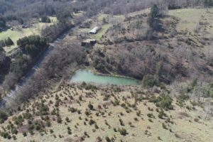 Tennessee Land With A Barn And Pond